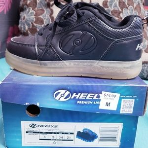 HEELYS ♡ Boy's Shoes